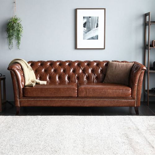 Neil Chesterfield Sofa Living Room