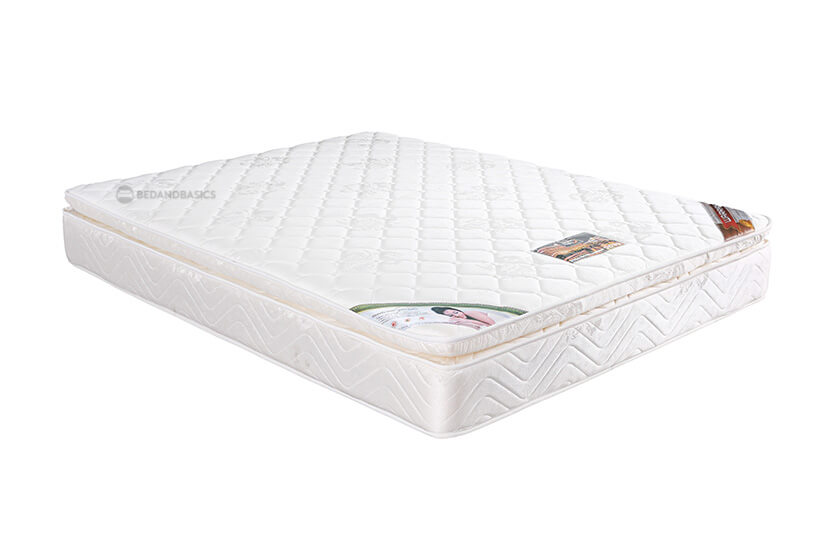 """The unique feature lies in its 3"""" Pillow Top that offers excellent cushioning and gives the mattress a plush feel."""