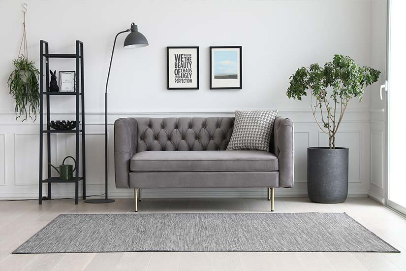 A modern twist to the iconic Chesterfield design, the Elias Chesterfield 2-Seater Sofa is a great statement piece for your living room.
