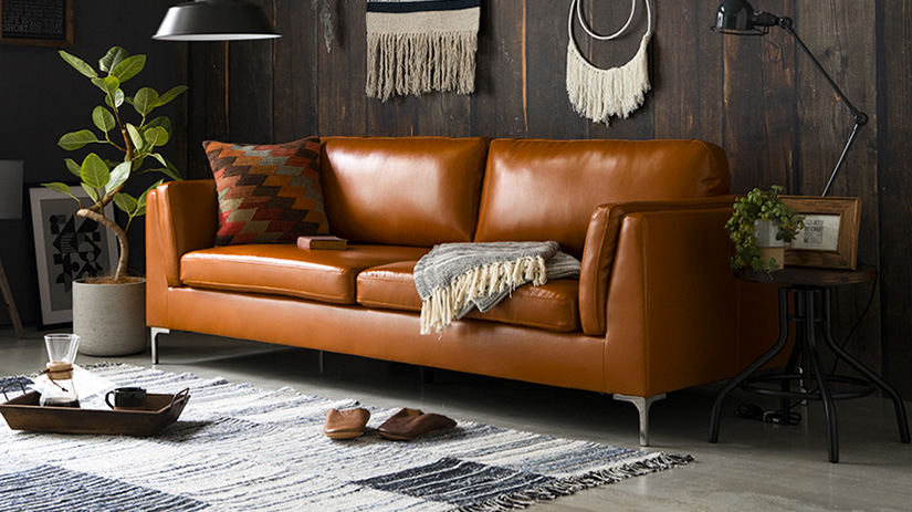 Sofa is capable of withstanding 200kg of weight. 2 adults can sit comfortably with peace of mind.