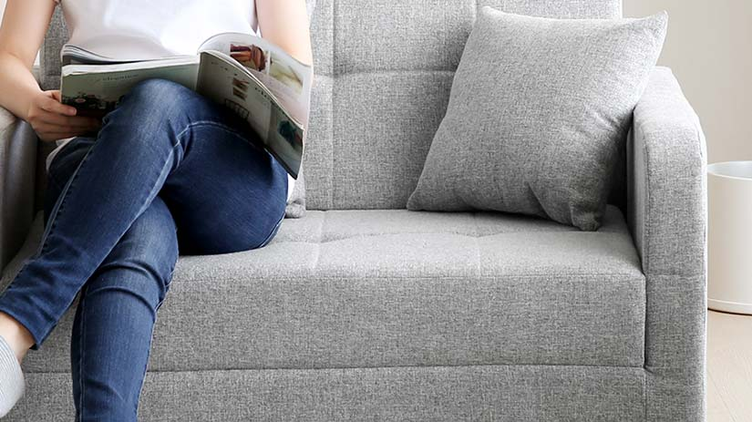 The softer the material is, the higher the material scores. The sofa scores 4/7 in the firmness rating which means the sofa has the right firmness level to support your body comfortably without the 'sinking' feeling.