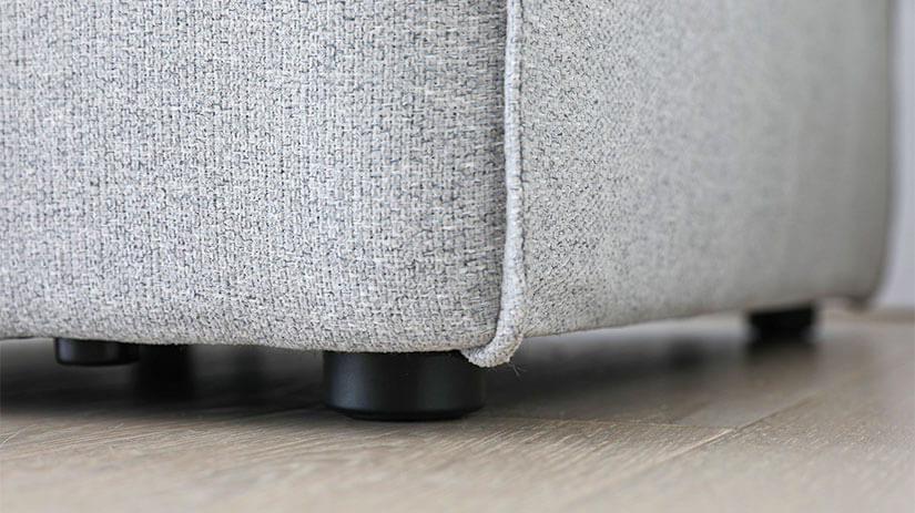 Stoppers underneath for better hygiene and prevents the sofa from sliding around.