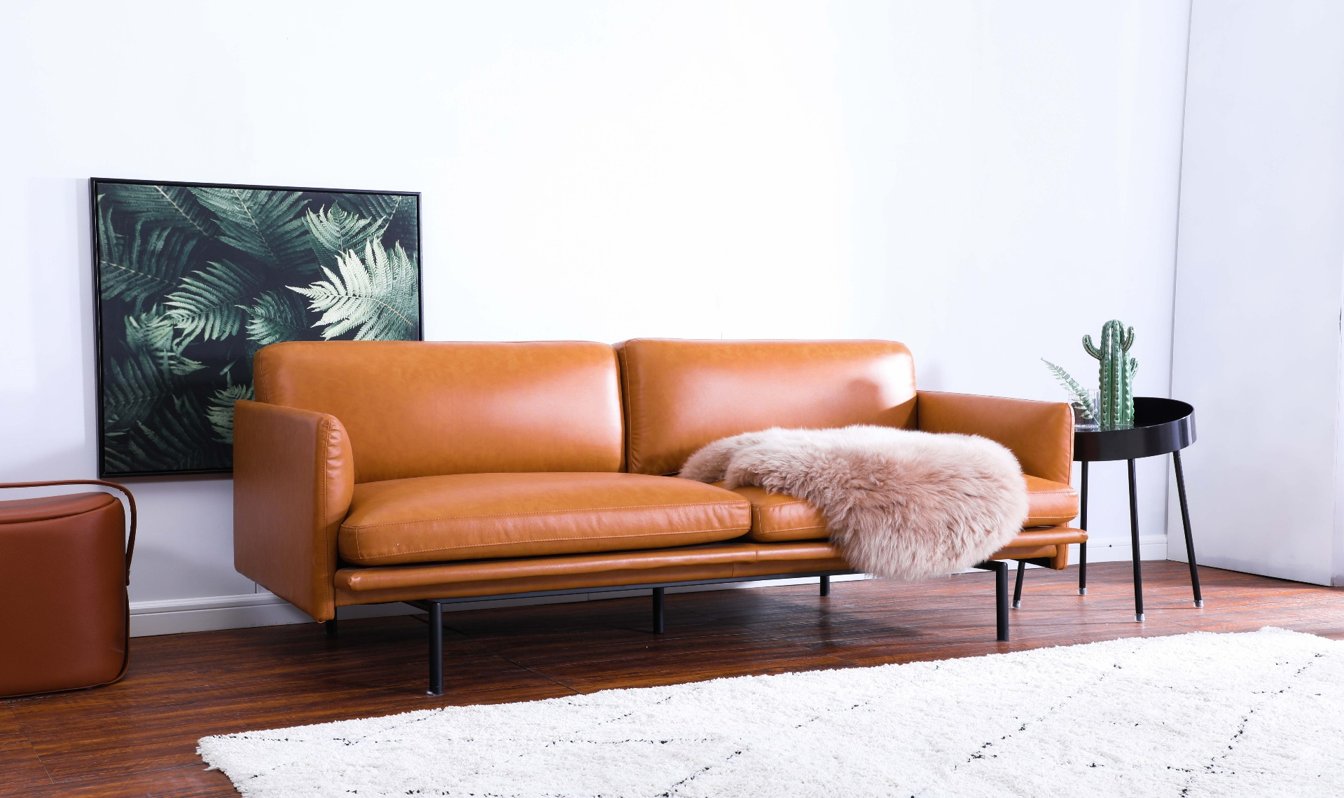 Top grain leather superior to genuine leather – gives glossy, stain-resistant finish.