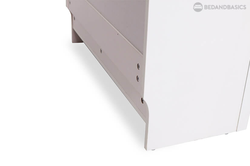 The concave arc design at the back allows this piece to fit perfect against walls with floor mouldings.