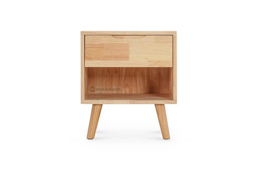 Made of solid Hevea wood.