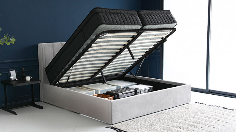Large under-bed storage that allows you to store your bedding accessories and bulky items. Keeps your bedroom tidy and neat.