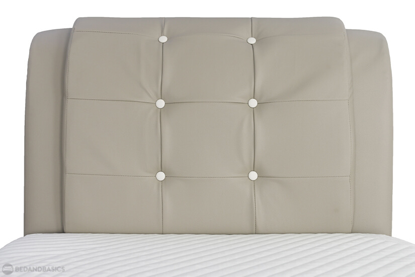 Accented with button tufting, the headboard brings a classic and timeless design to the room. Perfect for homeowners who want to achieve an elegant and classy look for the bedroom.