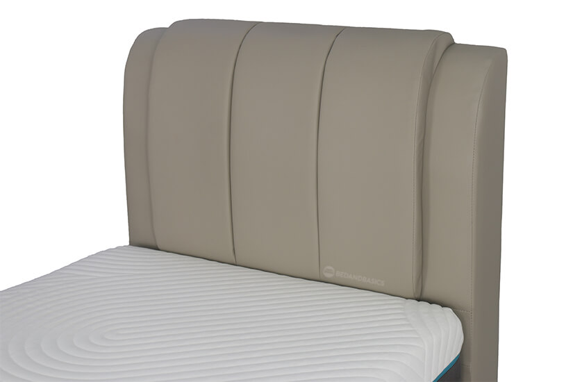 The thick foam cushioned tufted headboard is attractive with its unique charm.
