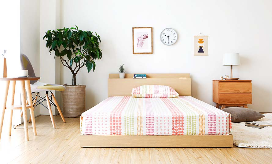 Simple wooden bed design